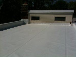 TPO flat roof with tapered insulation